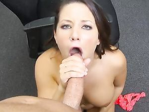 Curvy Southern Belle Sucks A Big Dick In POV