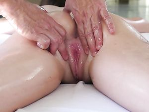 Deep Finger Fucking For His Sexy Massage Client