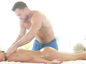 Couple Massages Each Other Before Fucking Lustily